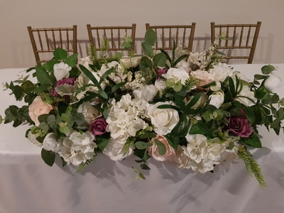 bridal table flowers 400