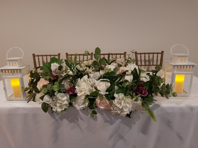 flower centrepiece with lantern 400